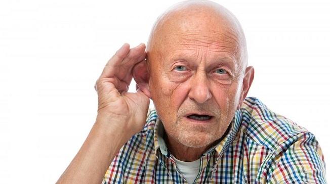 Чистка ушей у лежачего больного