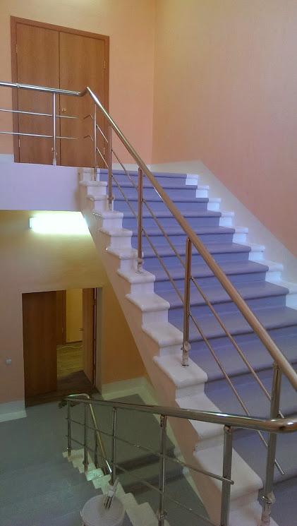 Лестница в доме престарелых