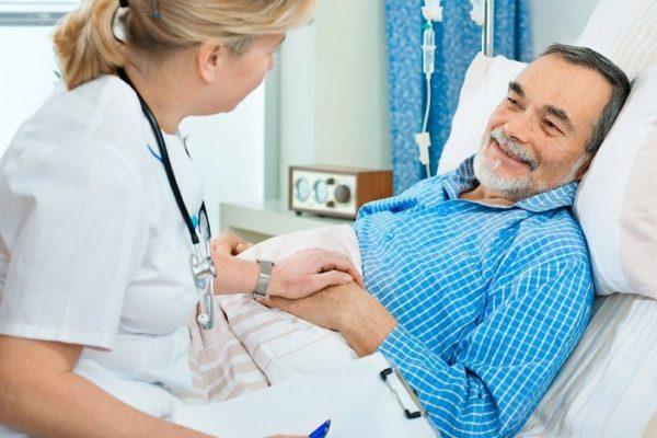 Как ухаживать за лежачими больными после инсульта