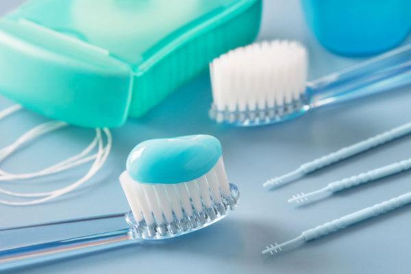 Уход за зубами – правила и особенности