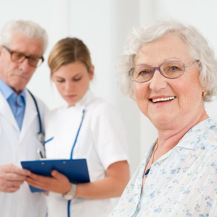 Мониторинг здоровья у пожилых стариков