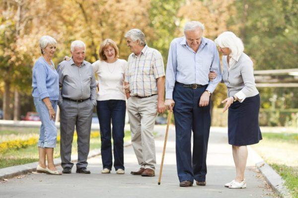 Жители Канады требуют обновить национальные стандарты ухода за пожилыми людьми